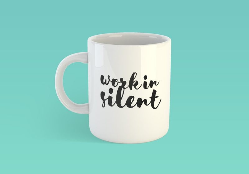 04__coffee-mug-mockup-free