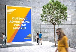 Giant Outdoor Billboard – Freebie PSD Mockup