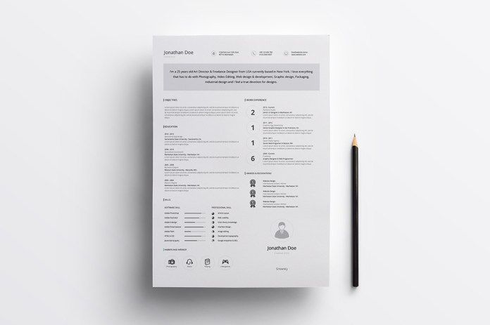 Minimal Resume Free Template in Illustrator