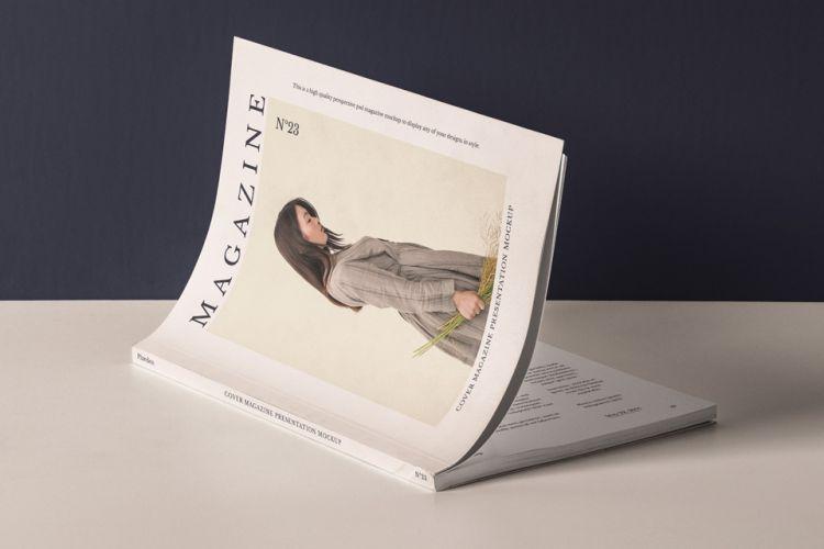Cover Magazine Presentation Free Mockup