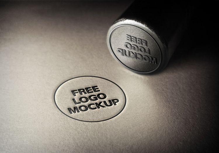 Free 3D Logo Mockup (PSD)
