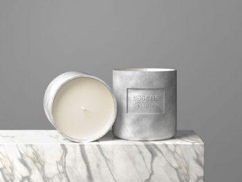Free Candle Mockup (PSD)