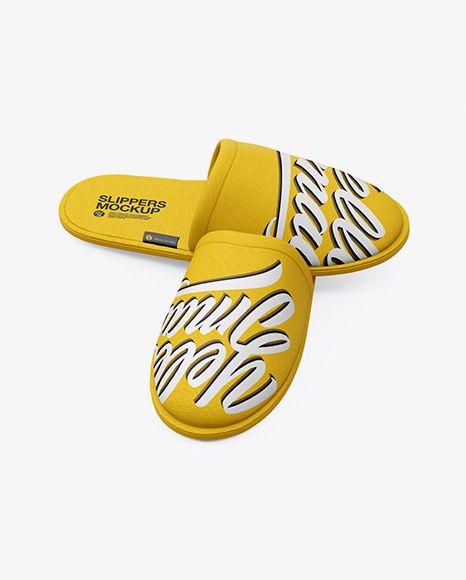 Free Slippers Mockup
