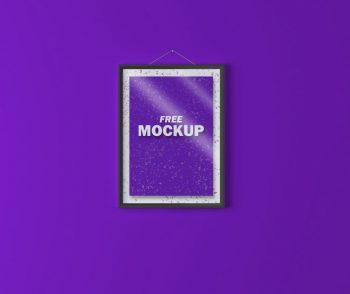 2 Poster Frames Mockup (PSD)