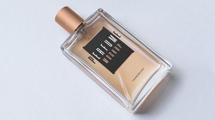 Free Perfume Mockup (PSD)