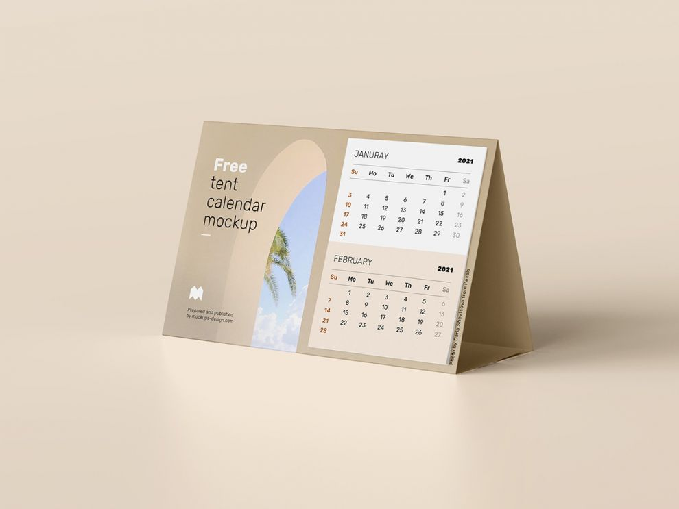 Tent Calendar Free Mockup (PSD)
