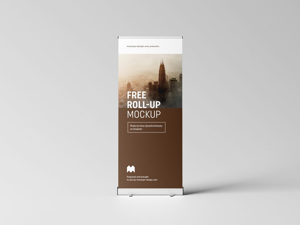 Free Simple Roll-Up Mockup (PSD)