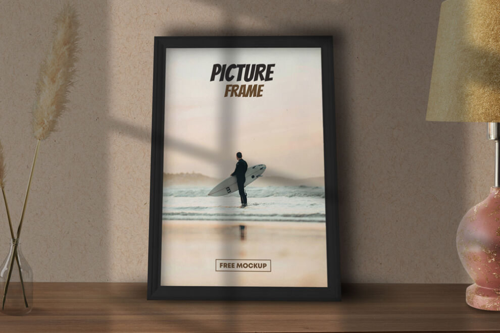 Free Picture Poster Frame Mockup (PSD)